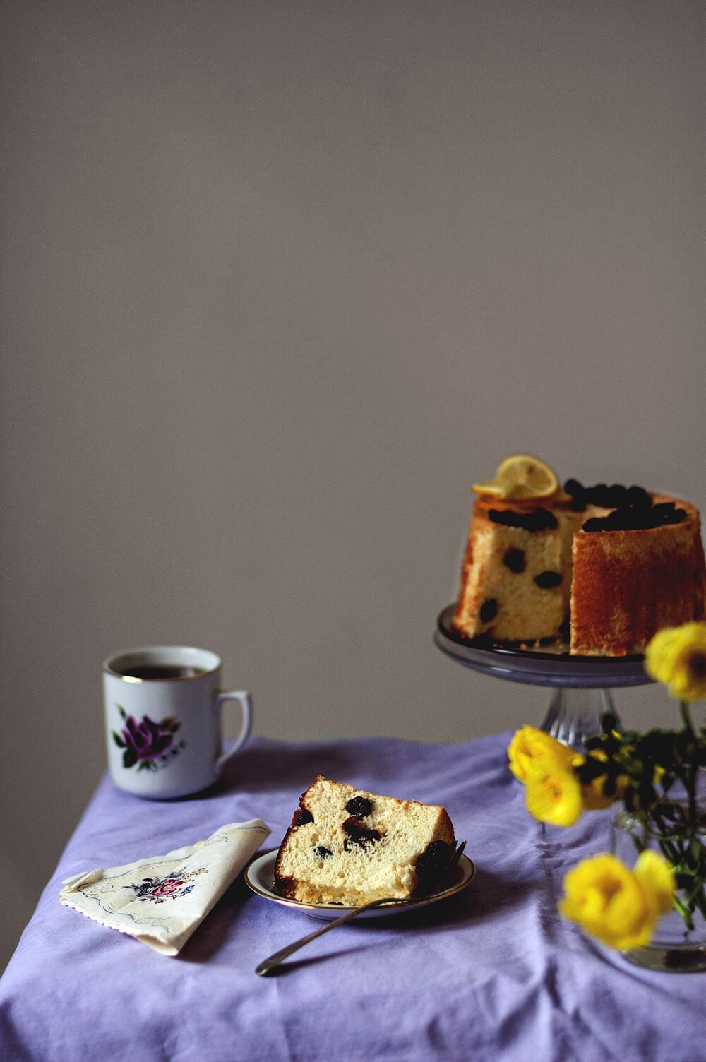 fotografia chiffon cake de limon y arandanos