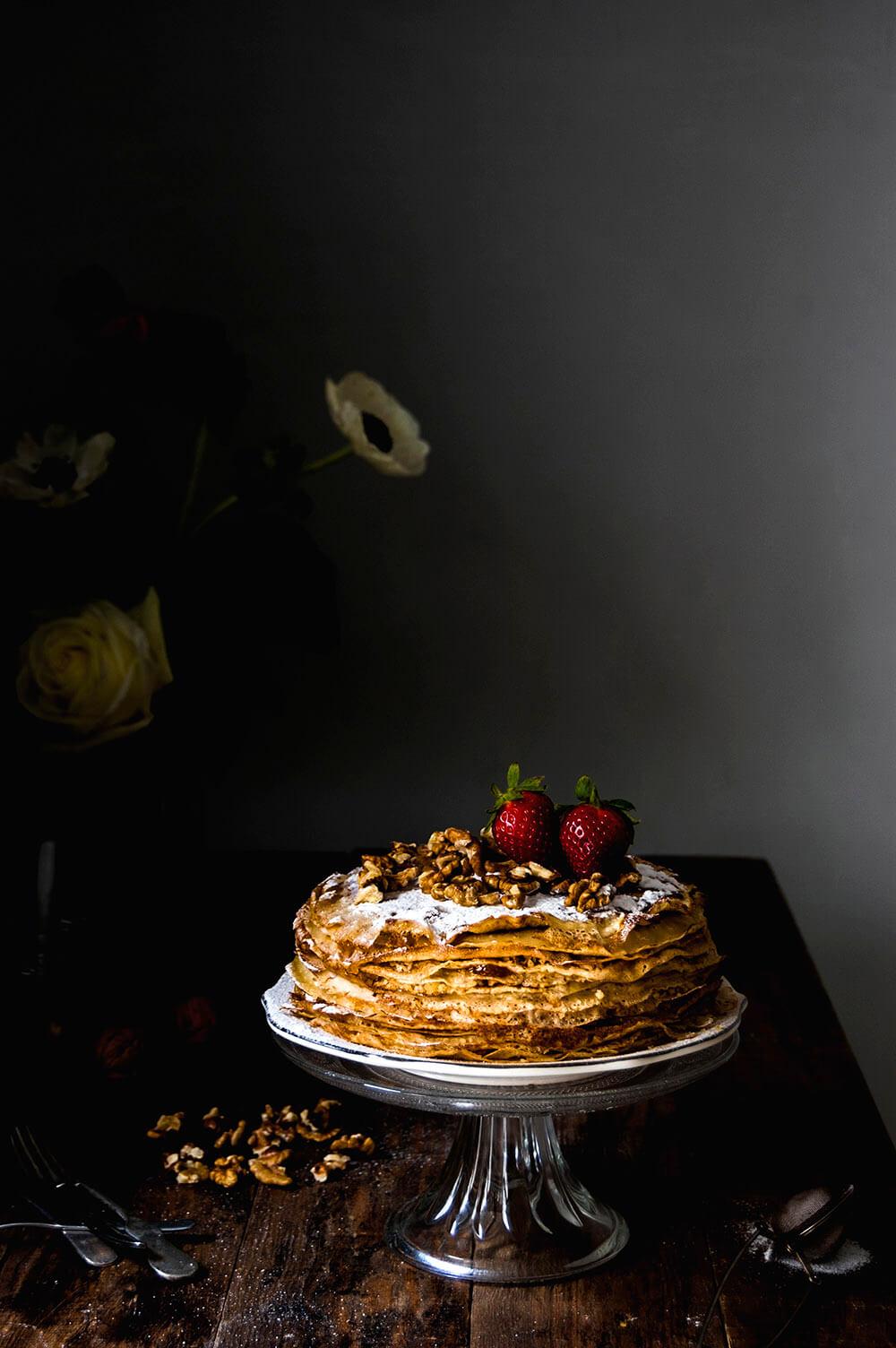 como hacer tarta de crepes con nueces y mermelada