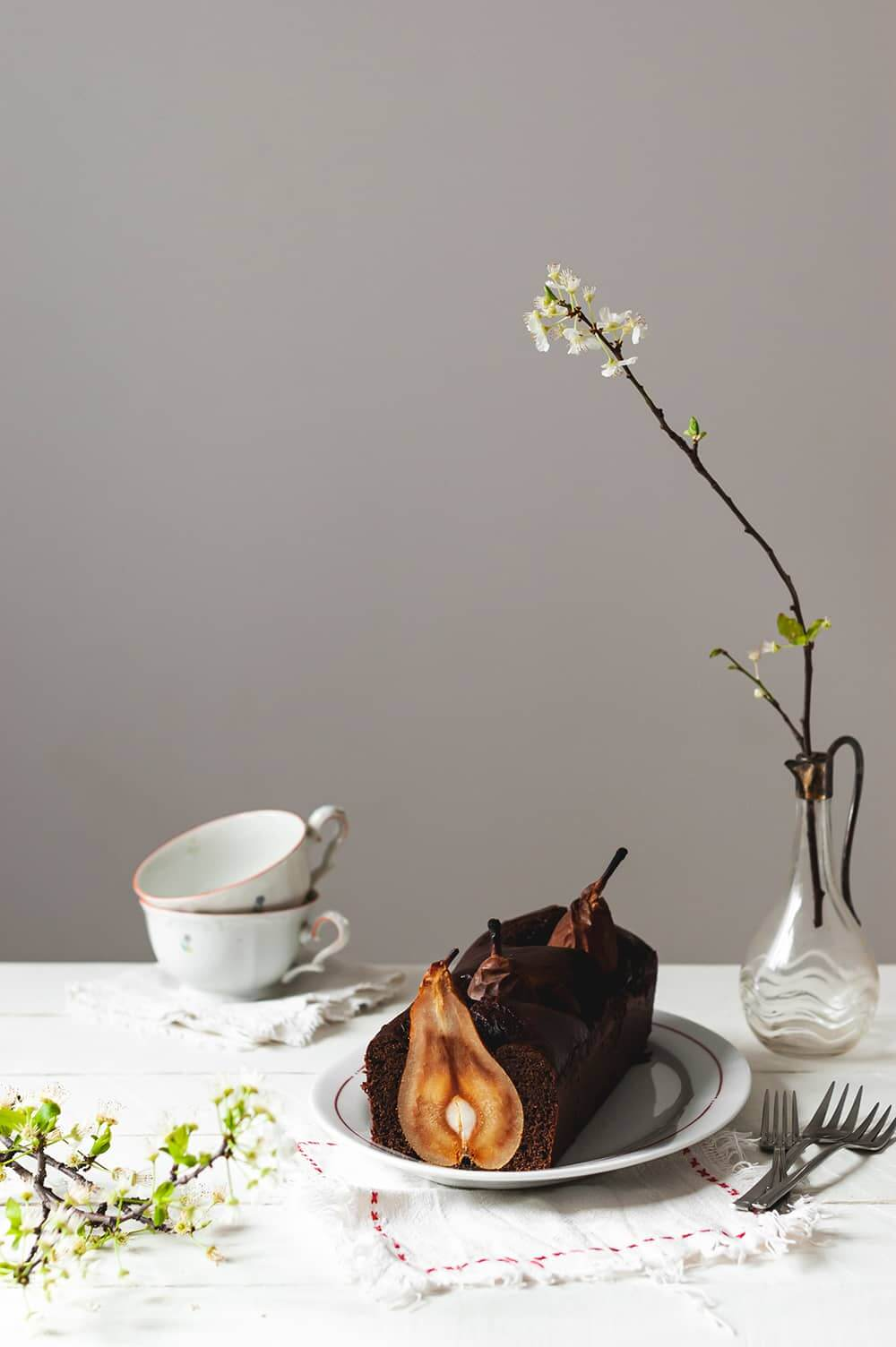 Como hacer plum cake de chocolate con peras enteras