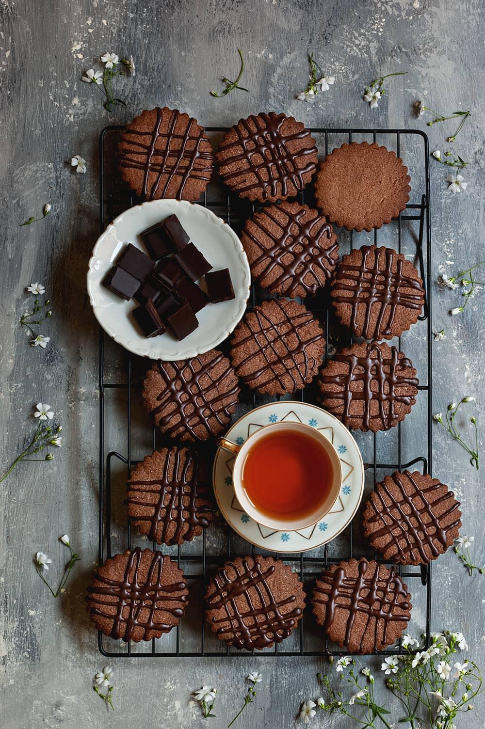 Cómo hacer Galletas de chocolate con canela